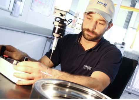 2 CNC 3D Messmaschine bei NKEwb